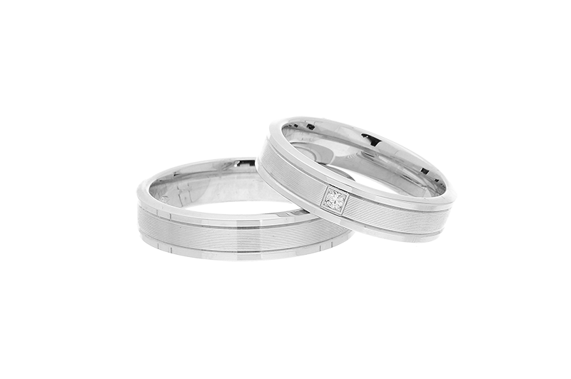 18ct White Gold Wedding Ring With Diamond Zoom 418 00
